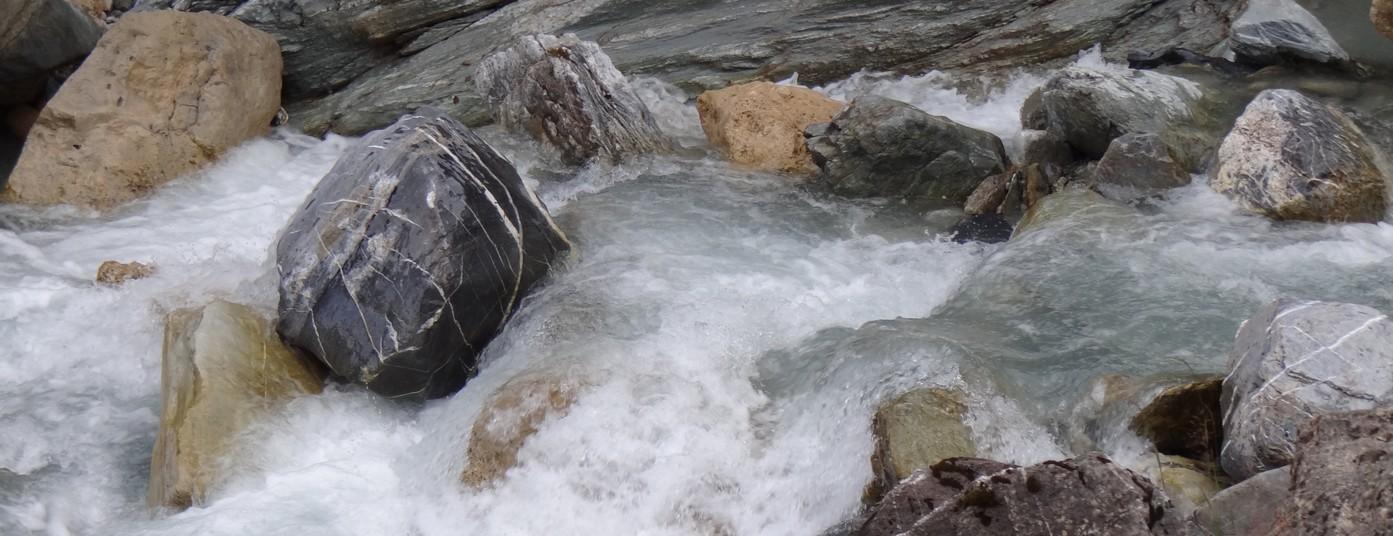 Découvrez l'alliance de la montagne<strong> avec l'eau des glaciers</strong>